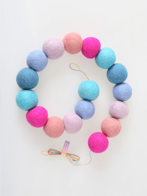 pompom garland _ winter pink